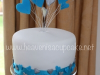 Top Tier Heart Spray Cake