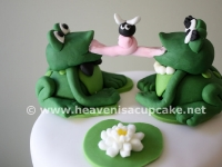 Froggy Wedding Couple Topper