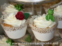 Close Up of Frog Wedding Cupcakes