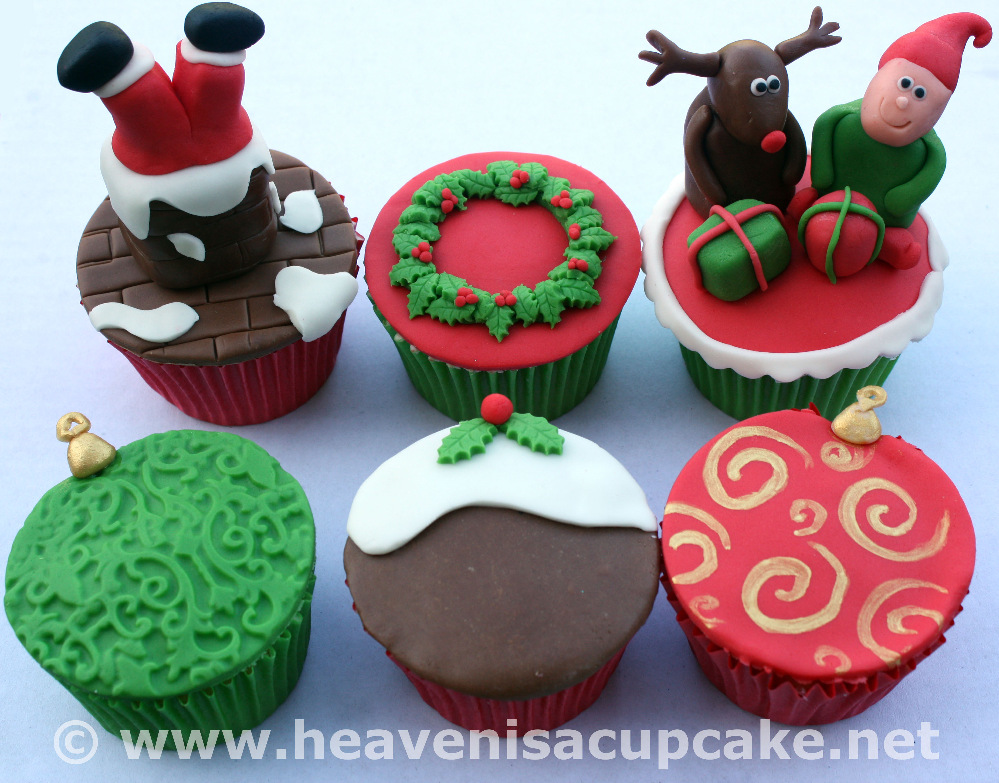 Christmas is Coming! - Heaven is a Cupcake - St Albans