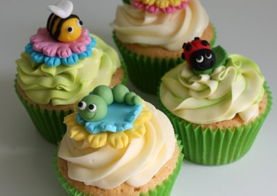 little bugs cupcakes