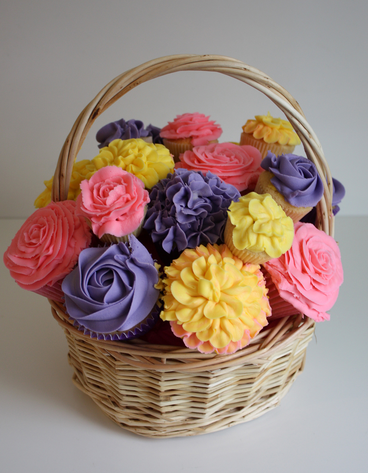 Cupcake bouquets and floral cupcakes heaven is a cupcake st img4838 izmirmasajfo