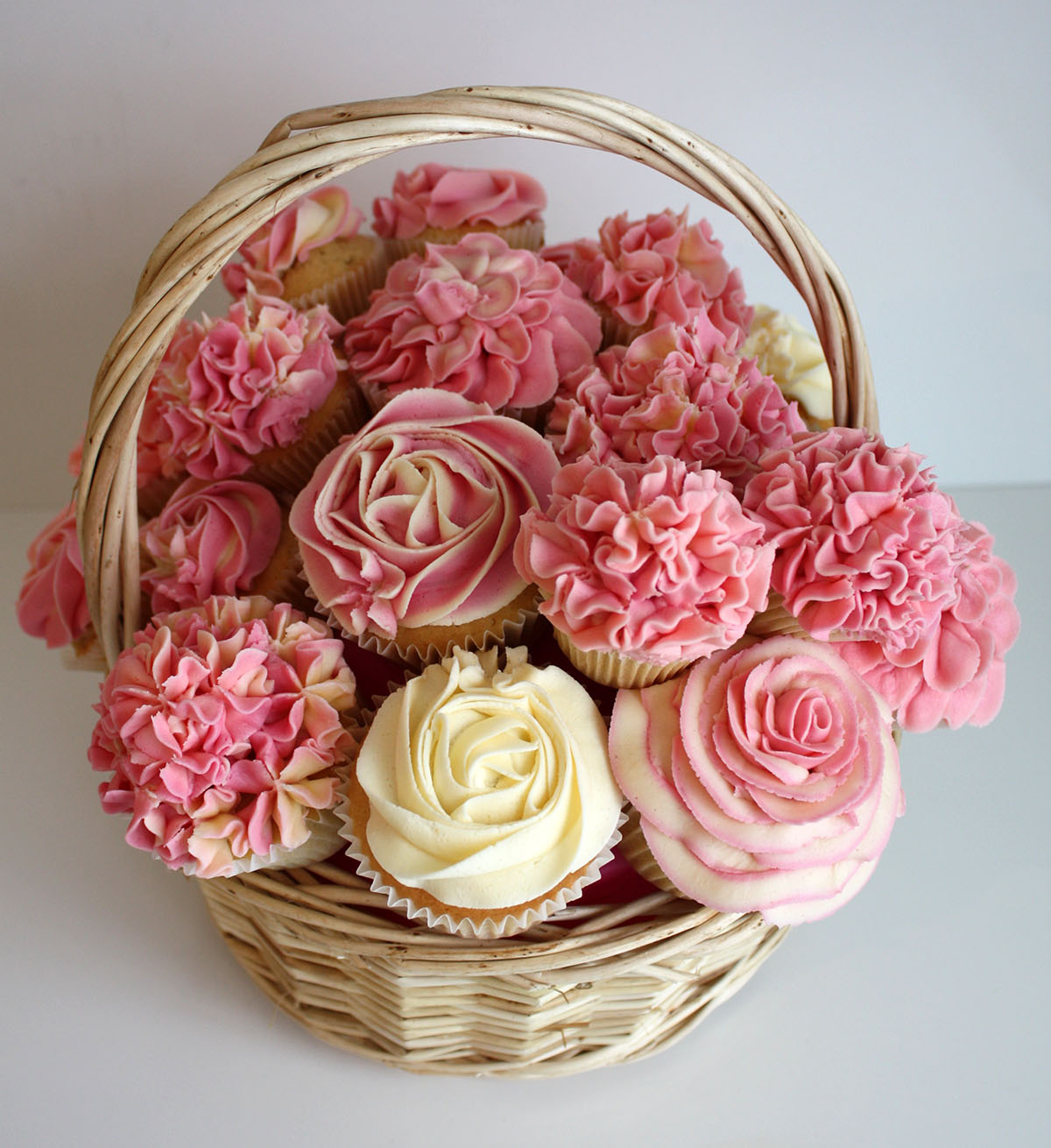 Cupcake bouquets and floral cupcakes heaven is a cupcake st img6074 izmirmasajfo