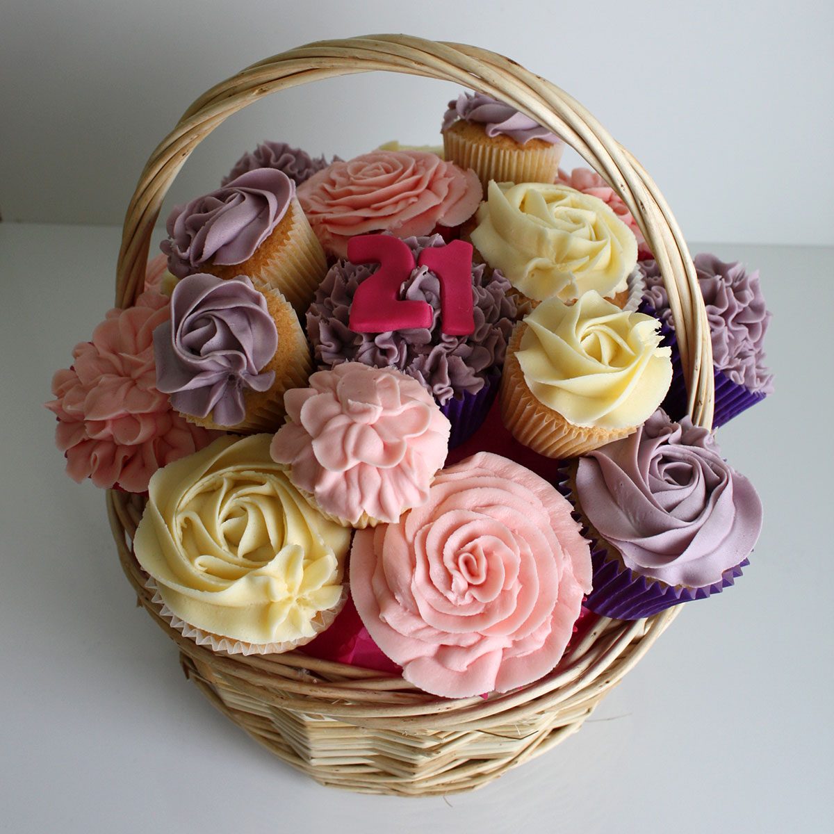 Cupcake Bouquets and Floral Cupcakes | Heaven is a Cupcake | St ...