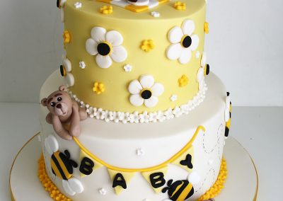 busy bears baby shower cake