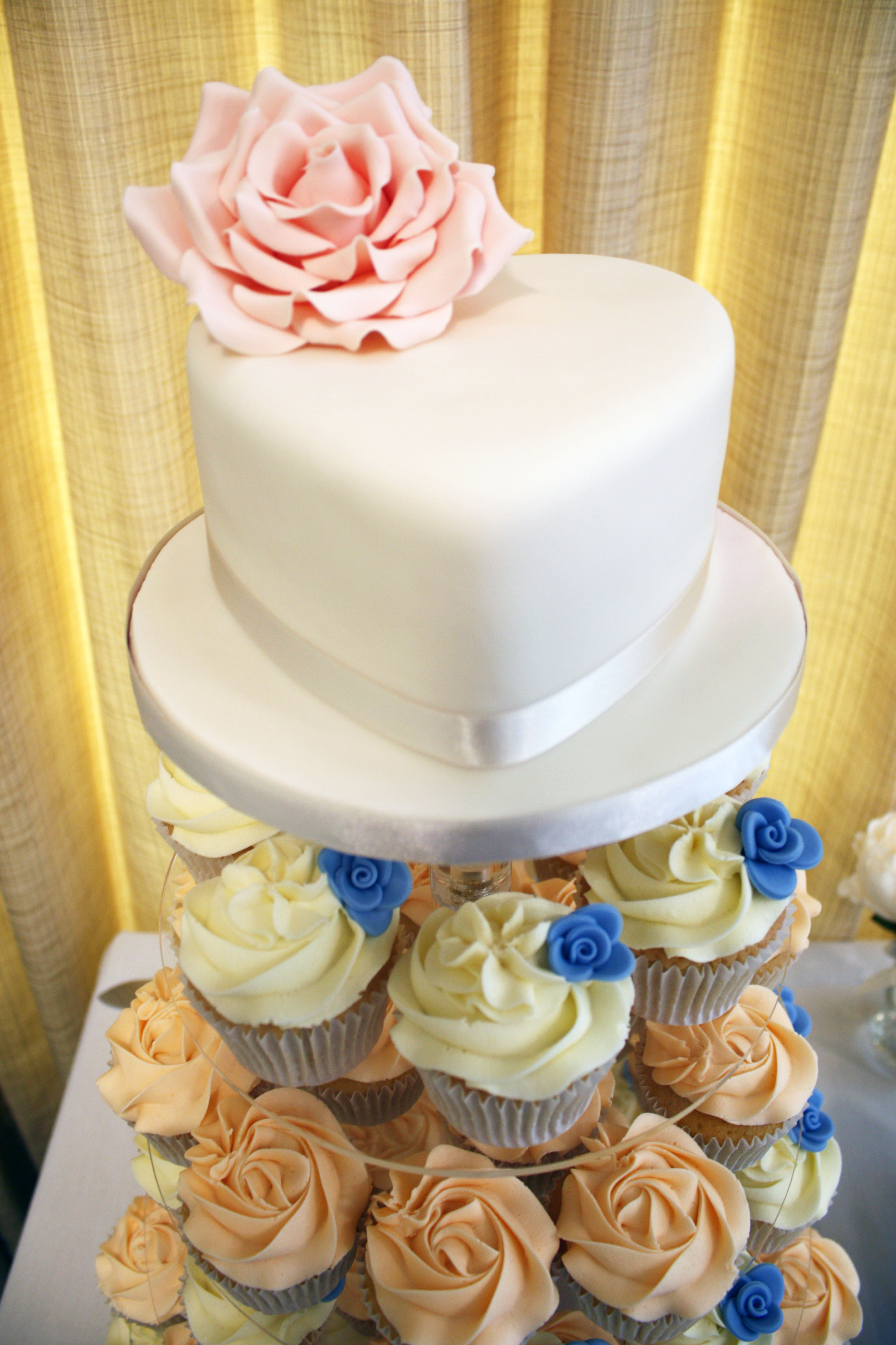 Wedding Cupcakes Gallery | Heaven is a Cupcake | St. Albans, Herts